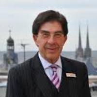 Speaker - Dr. Bertram Thieme